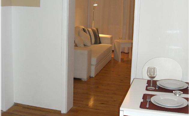 wohnung 39 petuelpark 39 muc4rent. Black Bedroom Furniture Sets. Home Design Ideas
